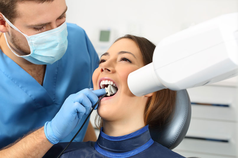 Dentist Taking Dental X-Ray for Treatment in Fonthill & Welland, ON